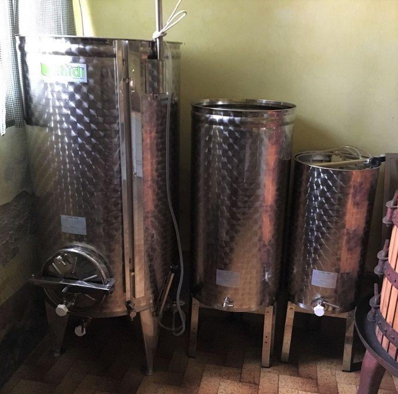 Cisterne per vino bianco